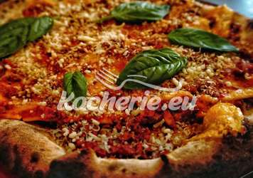 Bolognese-Pizza