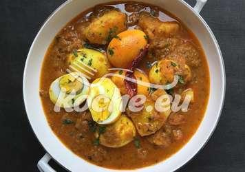 Kartoffelcurry mit Eiern