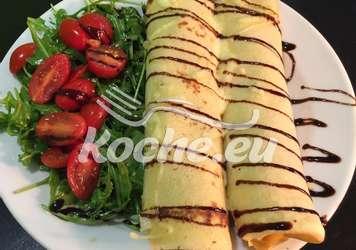 Pfannkuchen mit Salat