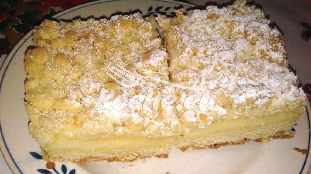 Fantastischer Streuselkuchen mit Pudding gefüllt