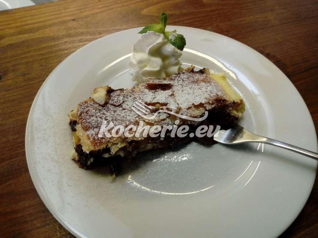 Schokoladrstrudel mit Schokosoße